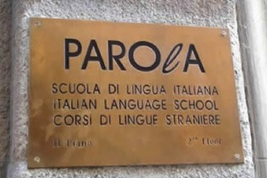 Sign of Parola Italian language school