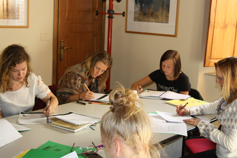 Au Pairs in Florence with Parola school