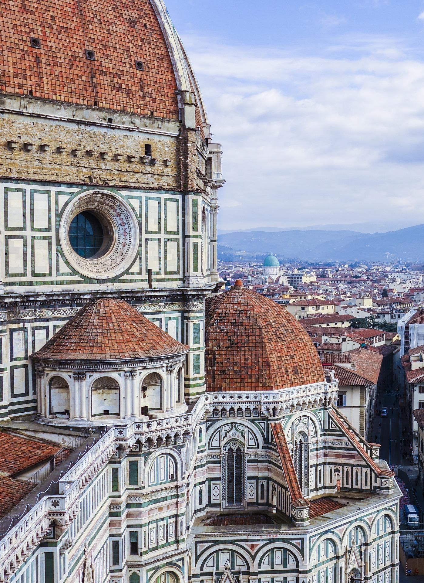 Vislumbre da catedral de Florença