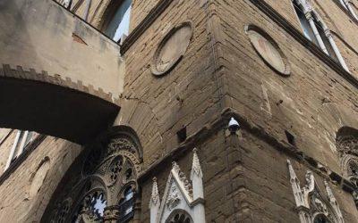Gli studenti visitano un granaio fiorentino che divenne chiesa