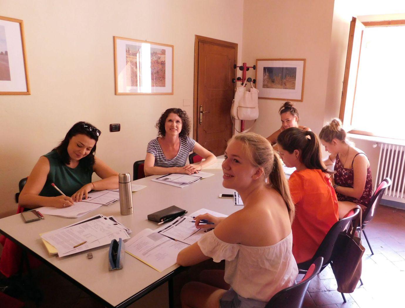 Studenten von der italienischen Sprachschule Parola