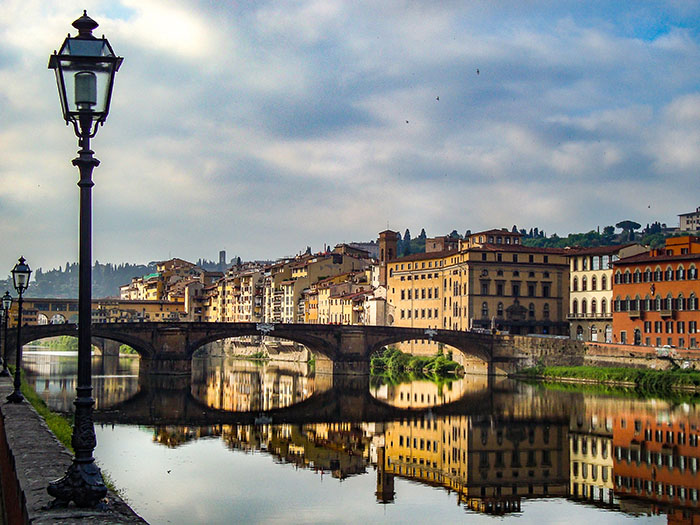 Scorcio di Firenze e del fiume Arno