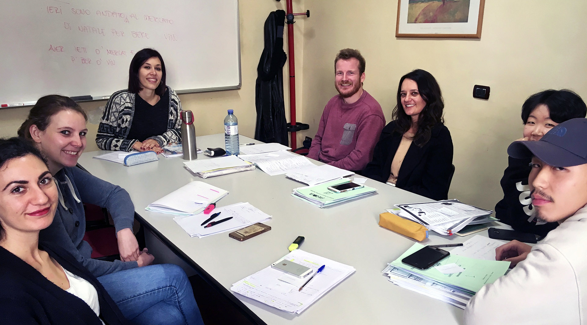 Group Italian language courses in Florence at Parola school