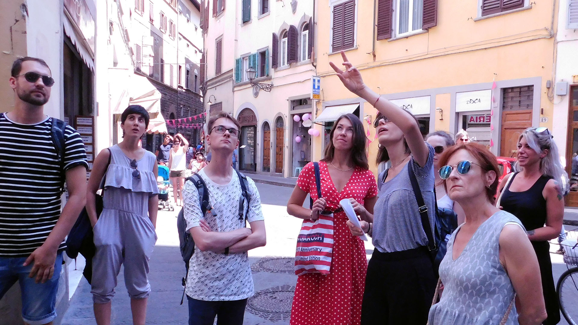 Free time activity in Florence with Parola school students